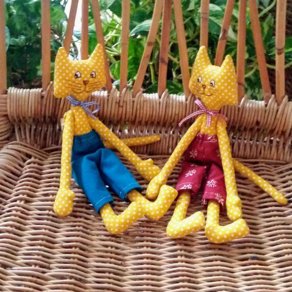 mačka - hračka šitá